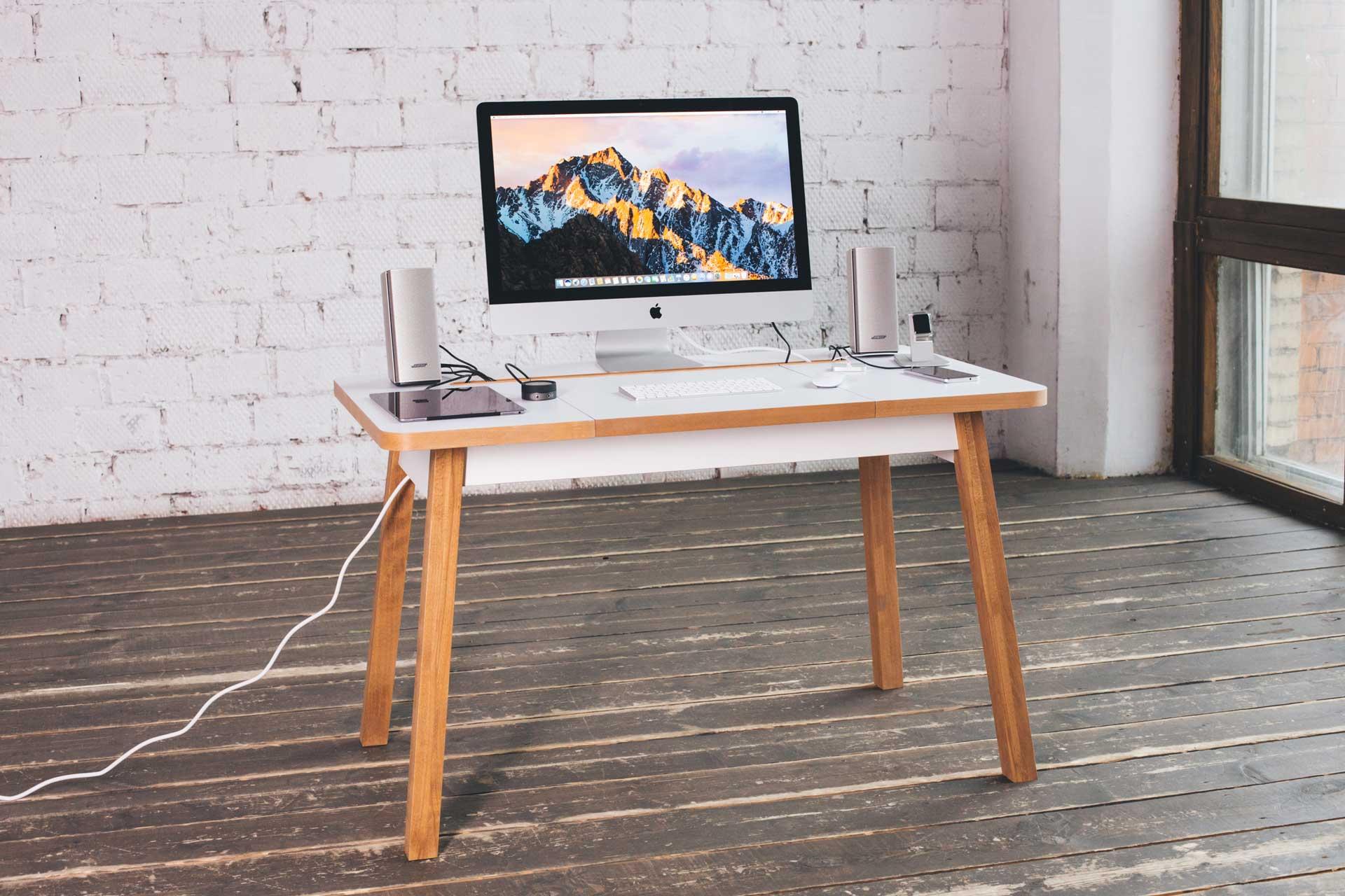Woodframe Desk